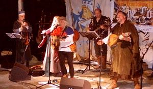 The CorpS avec les Troubadours d'Alienor-Auvelais 2016